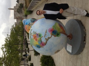 Yosef Abramowitz at the Cool Globes right before the ribbon cutting in mamilla
